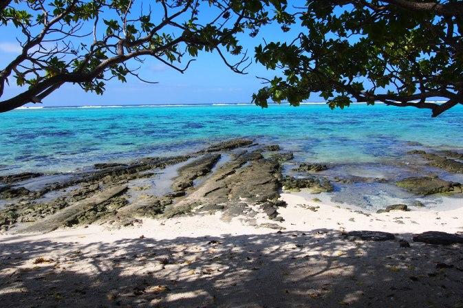 Notre jolie plage de Huahine